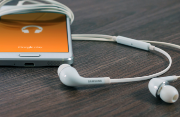 our-favorite-podcasts-on-calling-blog_edited-1